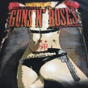 Used, Awesome Guns n Roses  2011 Concert Tee  for sale